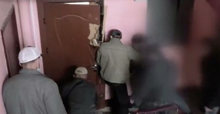 opublikovano-video-momenta-ubijstva-sotrudnika-kgb-belorussii-1a484bd