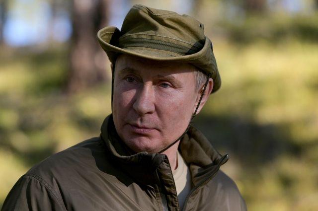 v-kremle-rasskazali-kak-obespechivaetsja-bezopasnost-putina-na-otdyhe-b7b38eb