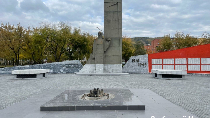 v-miasse-muzhchina-popytalsja-szhech-venki-na-memoriale-skorbjashhaja-mat-ed69dfe