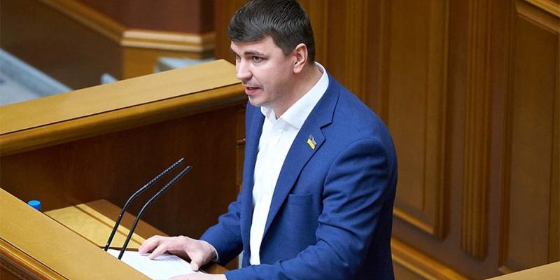 mvd-ukrainy-nazvalo-otravlenie-vozmozhnoj-prichinoj-smerti-deputata-rady-e08e367