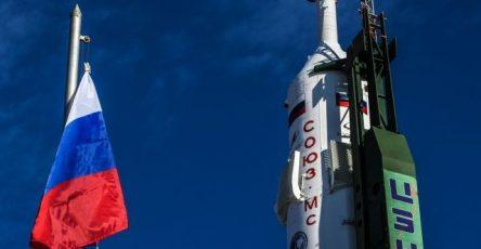 na-bajkonure-osvjatili-raketu-kotoraja-dostavit-na-mks-kinoekipazh-bfaaf6e