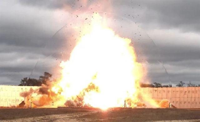 prosto-bomba-vvs-ssha-zavershili-seriju-ispytanij-betonobojnyh-boepripasov-3bb61ae
