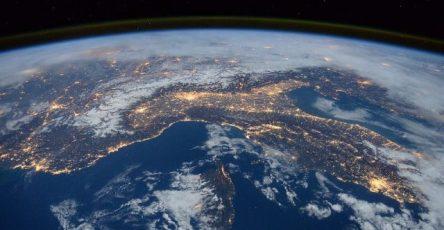 rossija-planiruet-izuchenie-ionosfery-zemli-v-2022-2023-godah-7583095