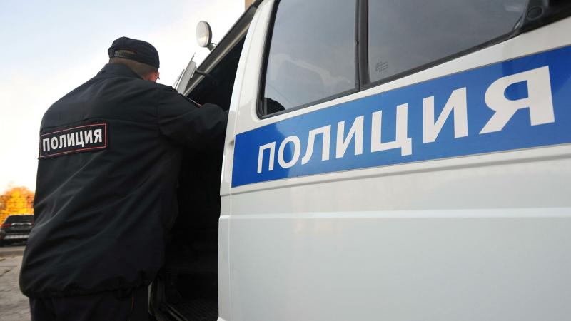 v-volgograde-policejskie-izjali-u-pensionera-oruzhie-i-granaty-11c6cff